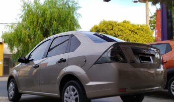 Ford Fiesta Max Ambiente Plus 2010 lleno